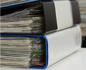 書類の劣化や紛失リスクから守る
